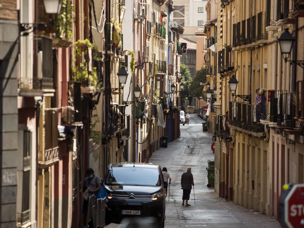 La calle de Pignatelli, tranquila a la luz del día, este pasado viernes.