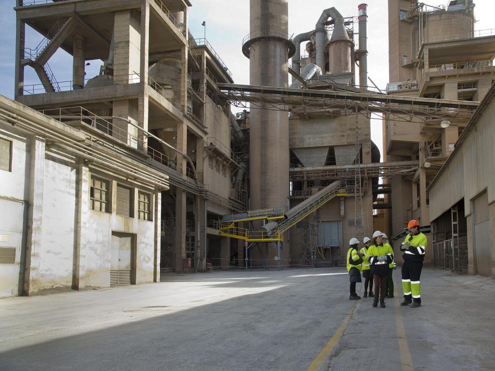 Instalaciones de la planta de Cemex en Morata de Jalón.