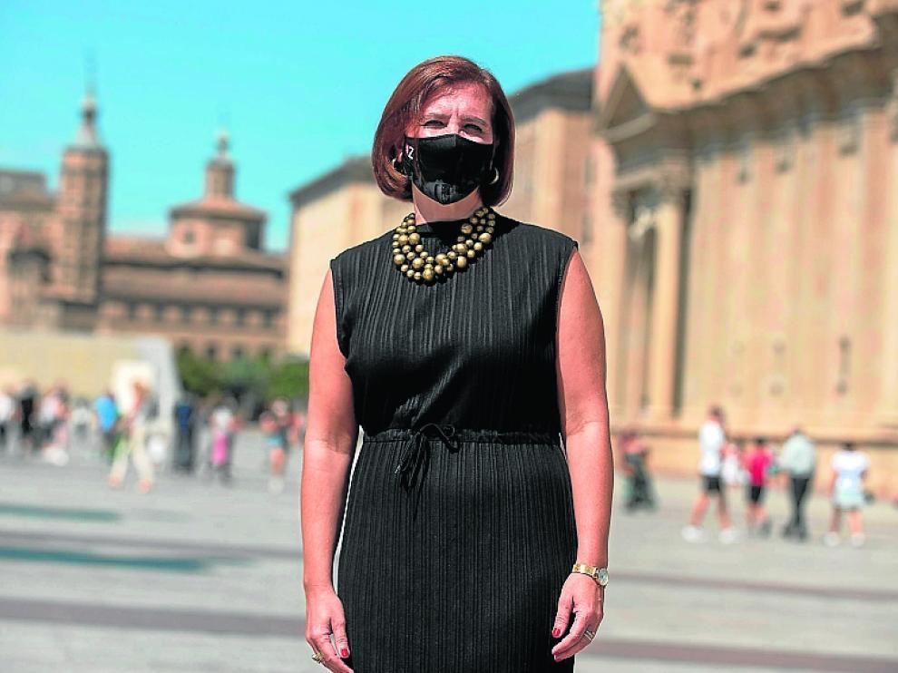 La vicealcaldesa, Sara Fernández, en la plaza del Pilar