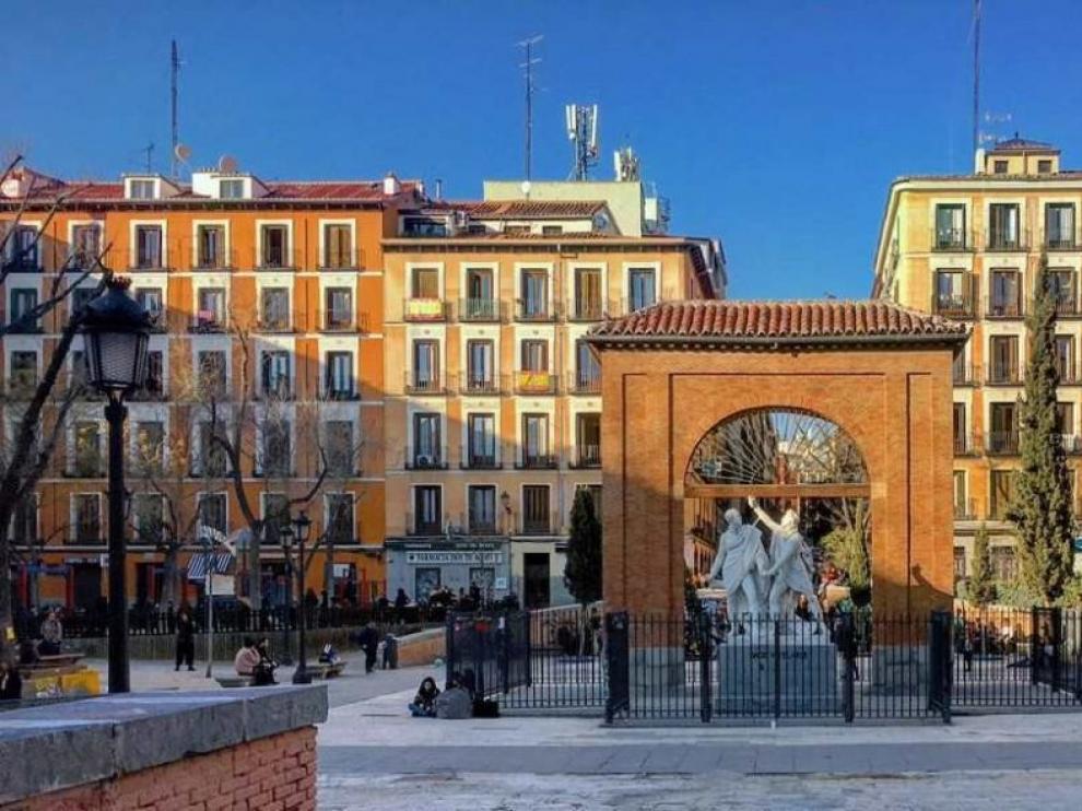 Una de las plazas del distrito de Malasaña, en Madrid