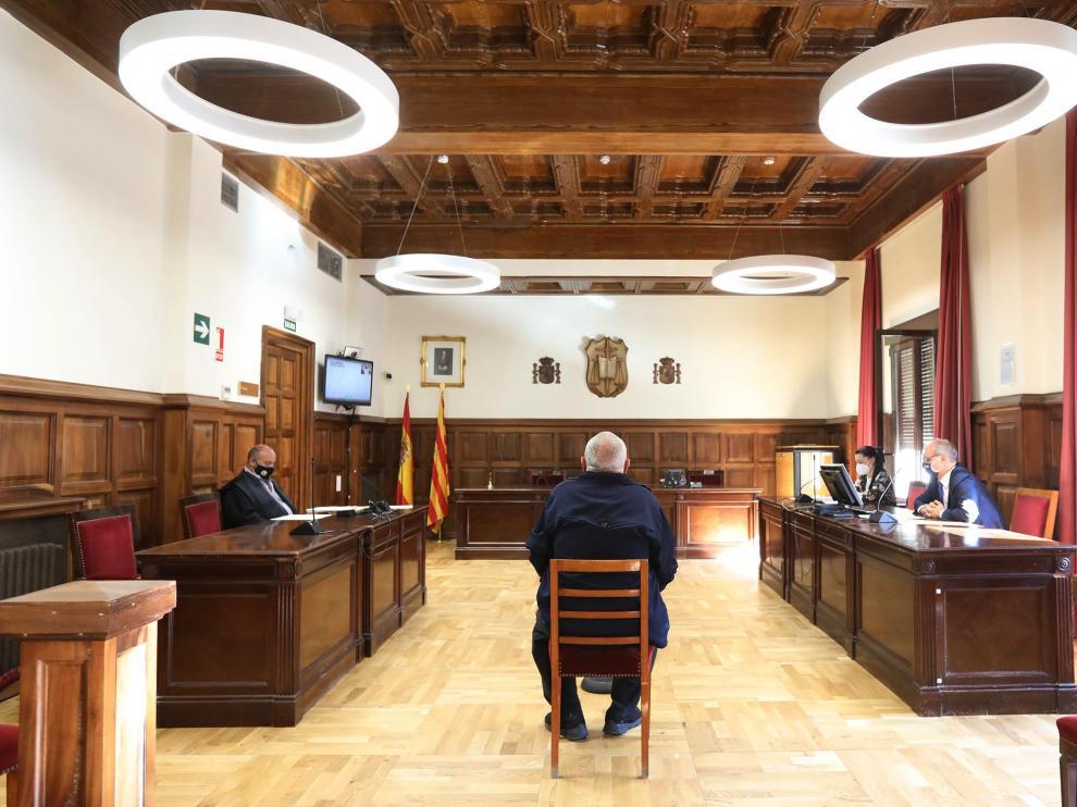 Audiencia de Teruel, juicio maltrato animal .08/09/21. Foto: Javier Escriche[[[FOTOGRAFOS]]]