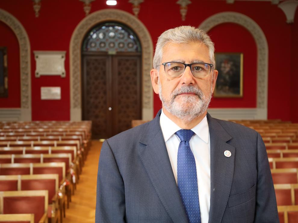 El rector de la Universidad de Zaragoza, José Antonio Mayoral Murillo