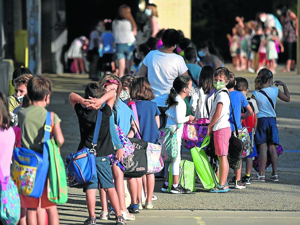 Primer día de clase en el colegio Pirineos-Pyrenees de Huesca.