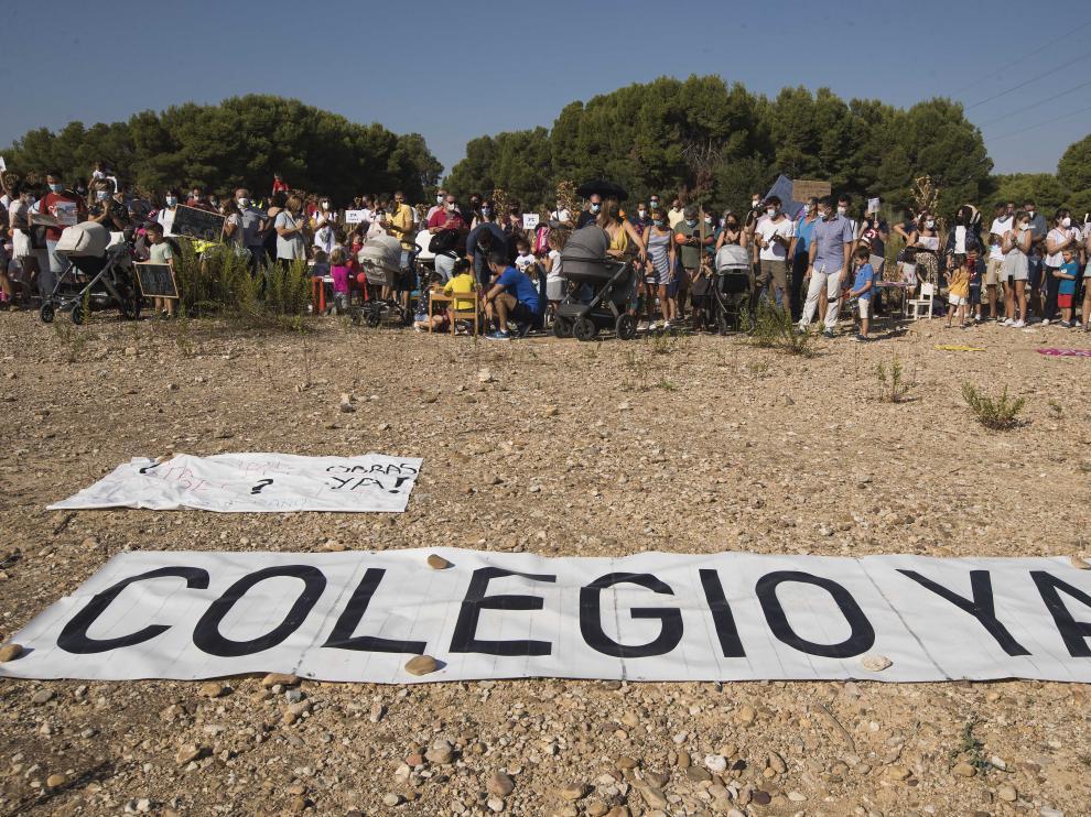Protestas en el colegio María Zambrano.