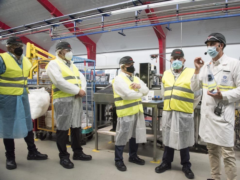 Visita institucional a la planta embotelladora de Vilas del Turbón.