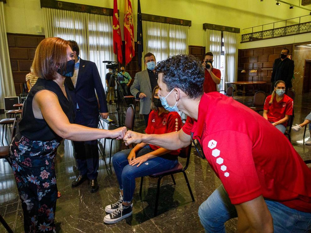 Recepción del Casademont en el Ayuntamiento de Zaragoza.