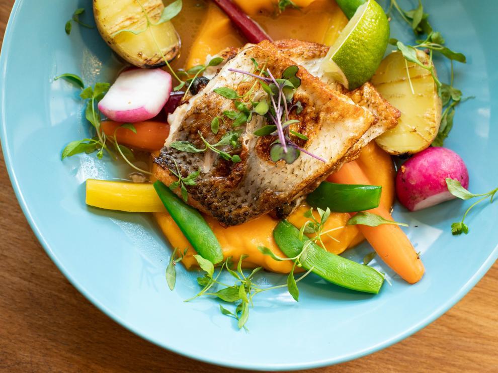 Igual que todo pescado azul, el bonito es una buena fuente alta en proteínas.