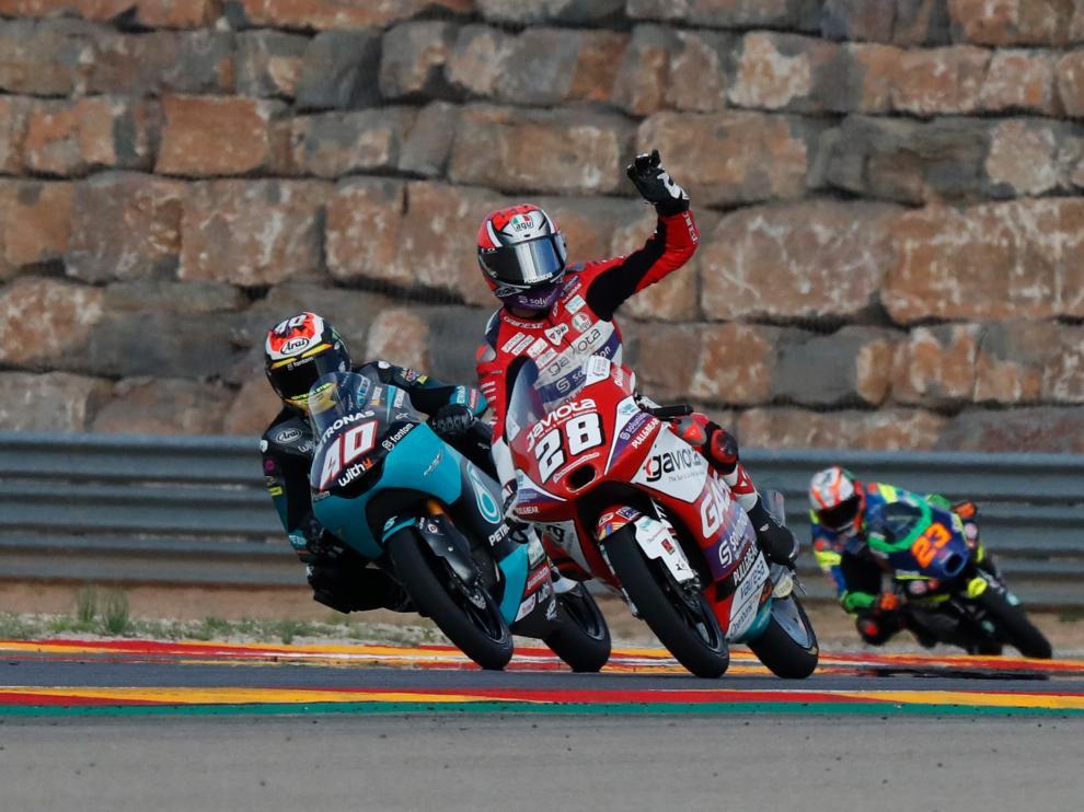 Entrenamientos libres de Moto 3 en Motorland Aragón: el surafricano Darryn Binder (Honda)