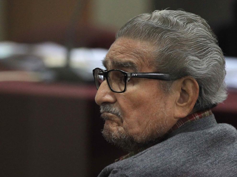 Muere Abimael Guzmán, el fundador y líder de Sendero Luminoso