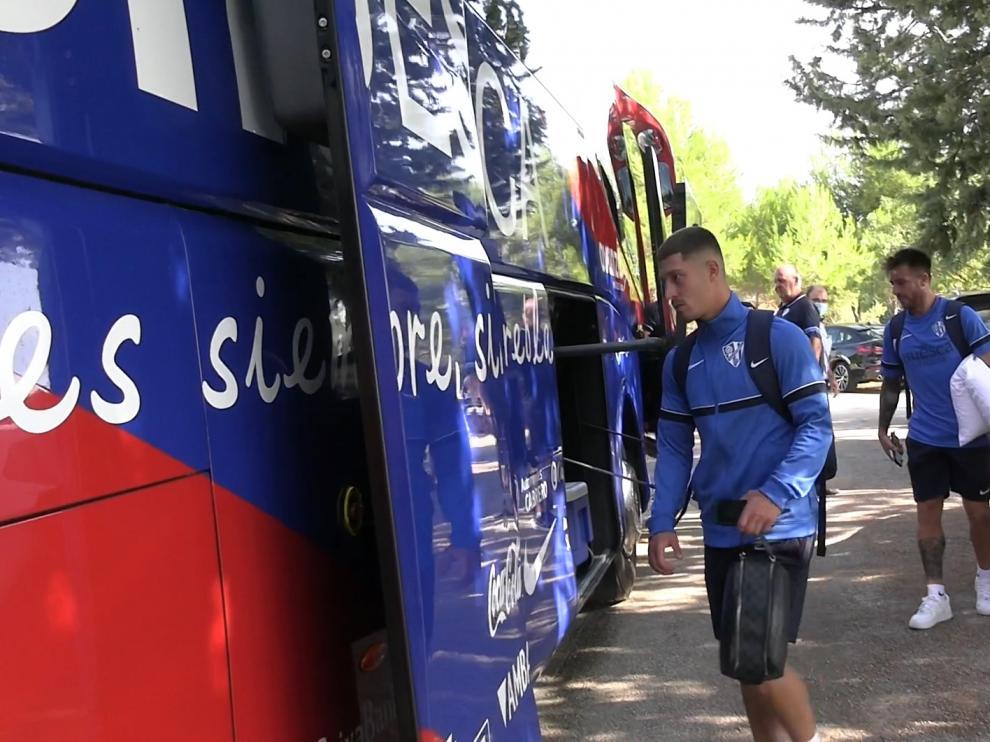 La SD Huesca ha partido en la mañana de este domingo a Lugo.