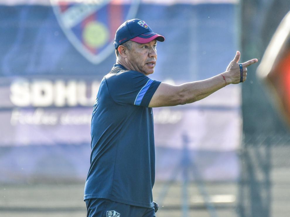 Nacho Ambriz, durante el entrenamiento del domingo de la SD Huesca.