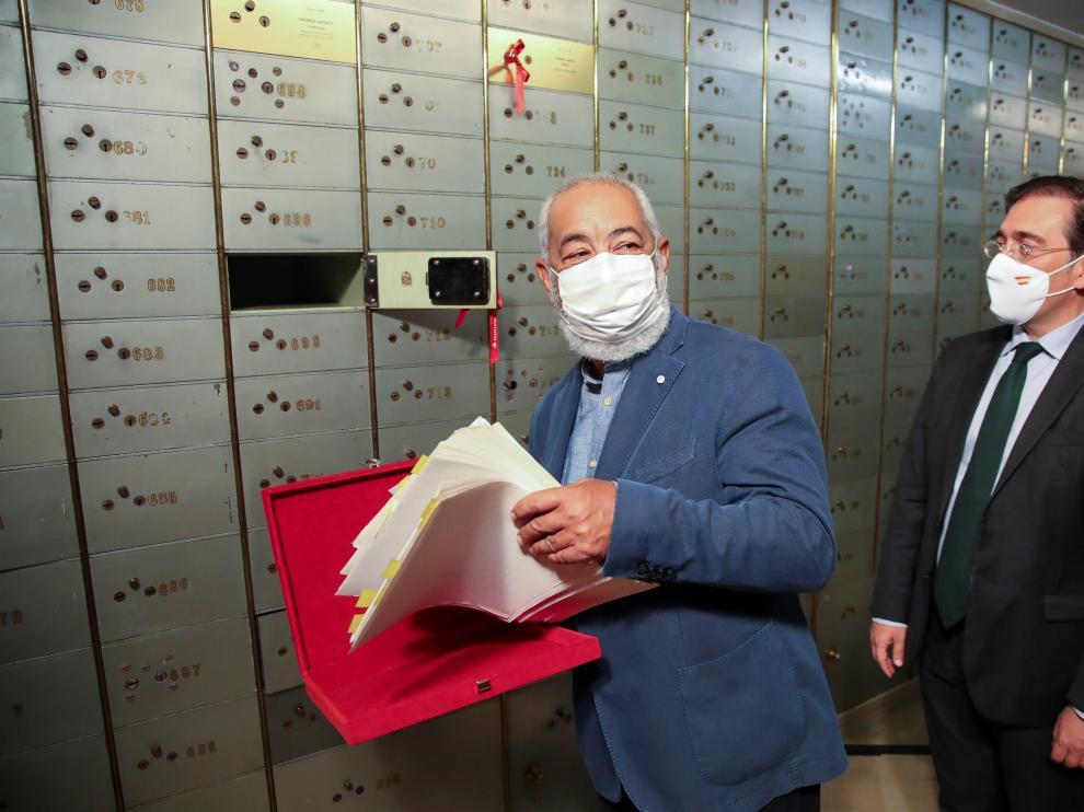 Padura depositó su legado en la caja 697 de la antigua cámara acorazada que alberga la sede del Instituto Cervantes