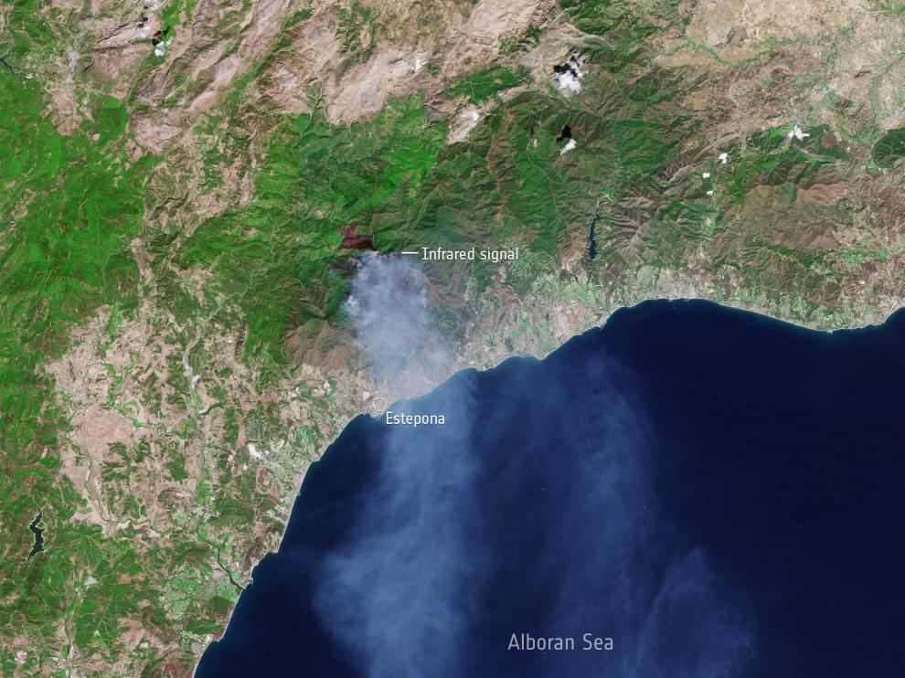 El incendio de Sierra Bermeja desde el espacio