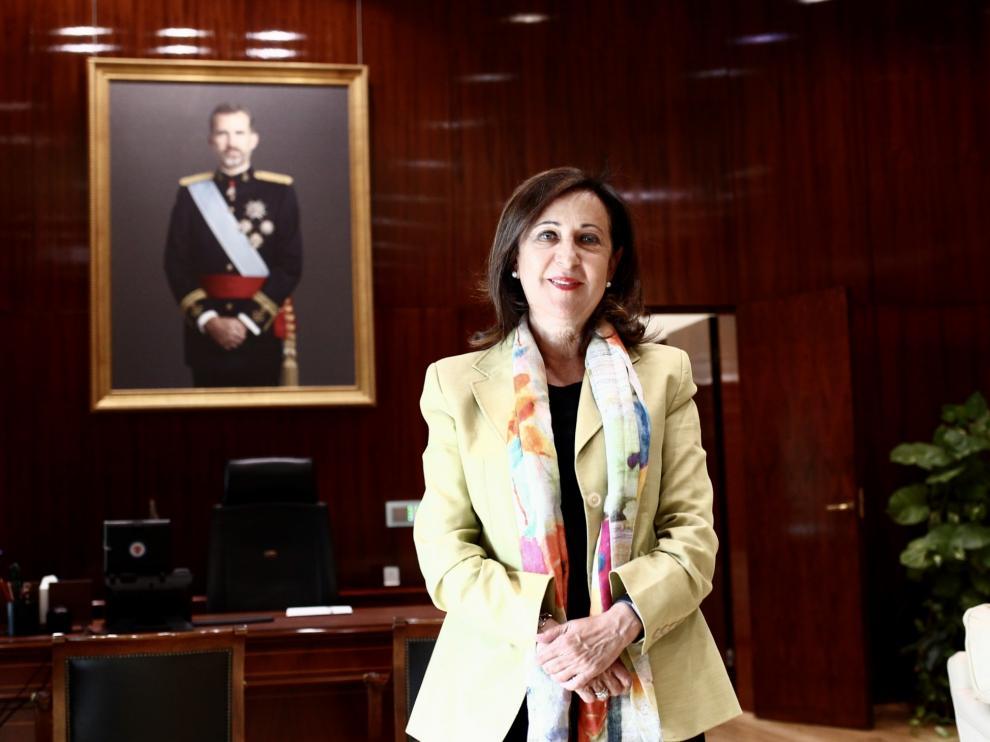 La ministra de Defensa, Margarita Robles, durante la entrevista