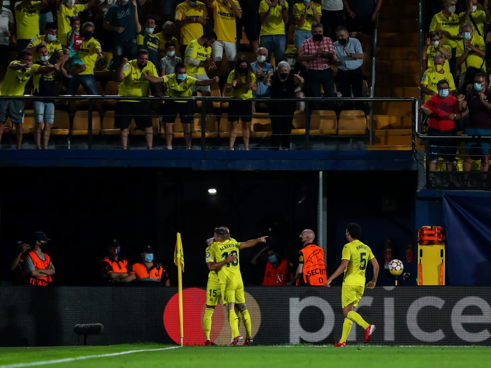 Jugadores del Villarreal celebrando uno de los goles