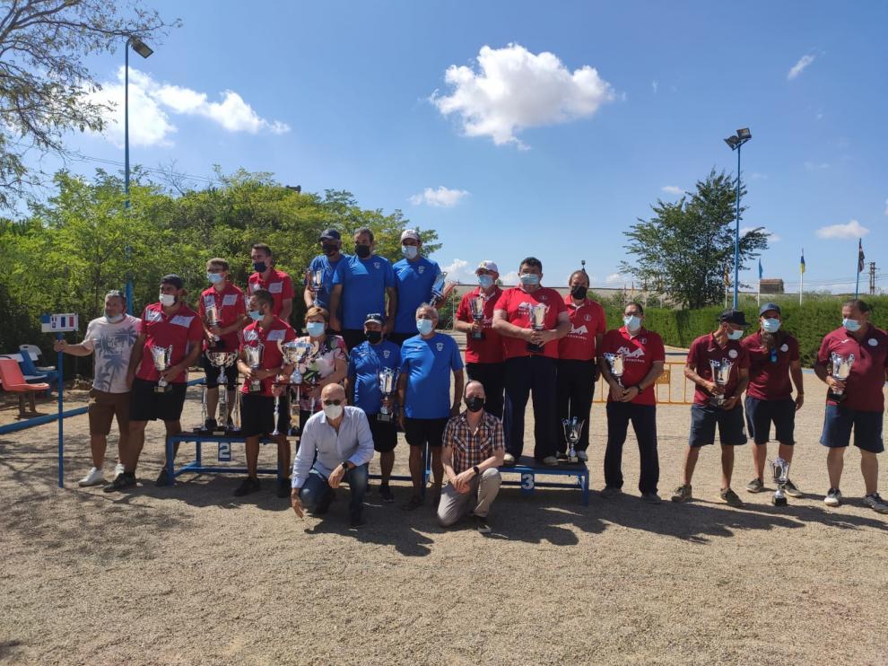 Podio del Campeonato Internacional Ciudad de Huesca de petanca.