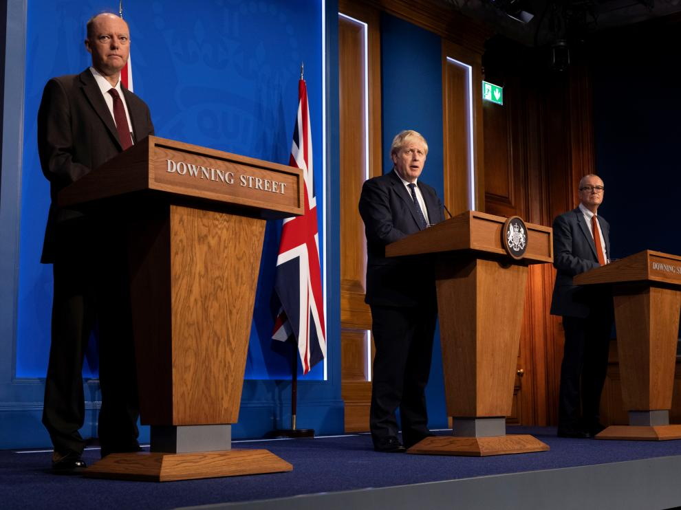 British PM holds press briefing on COVID-19 winter plan
