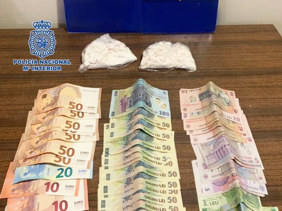 Dinero y cocaína incautados a un hombre en la estación de Delicias