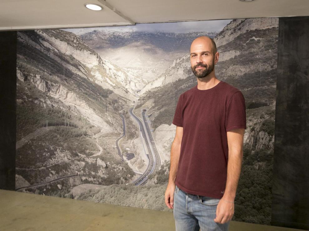 Eduardo Marco Miranda en la presentación de su exposición.