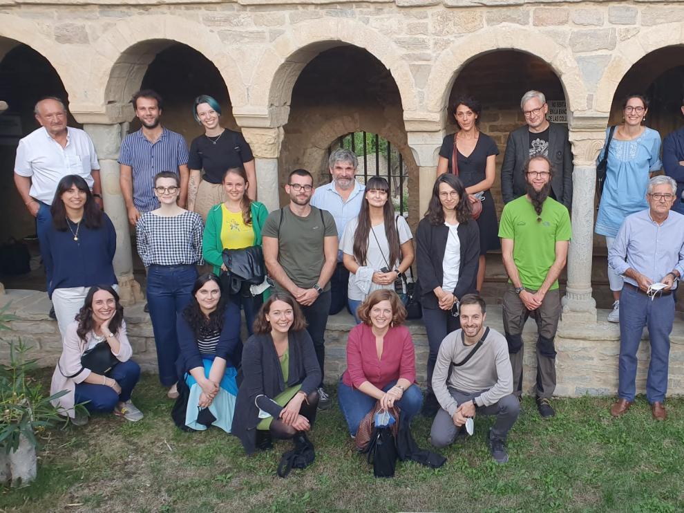 Participantes en las Jornadas Internacionales de Epigrafía Medieval de Roda de Isábena.