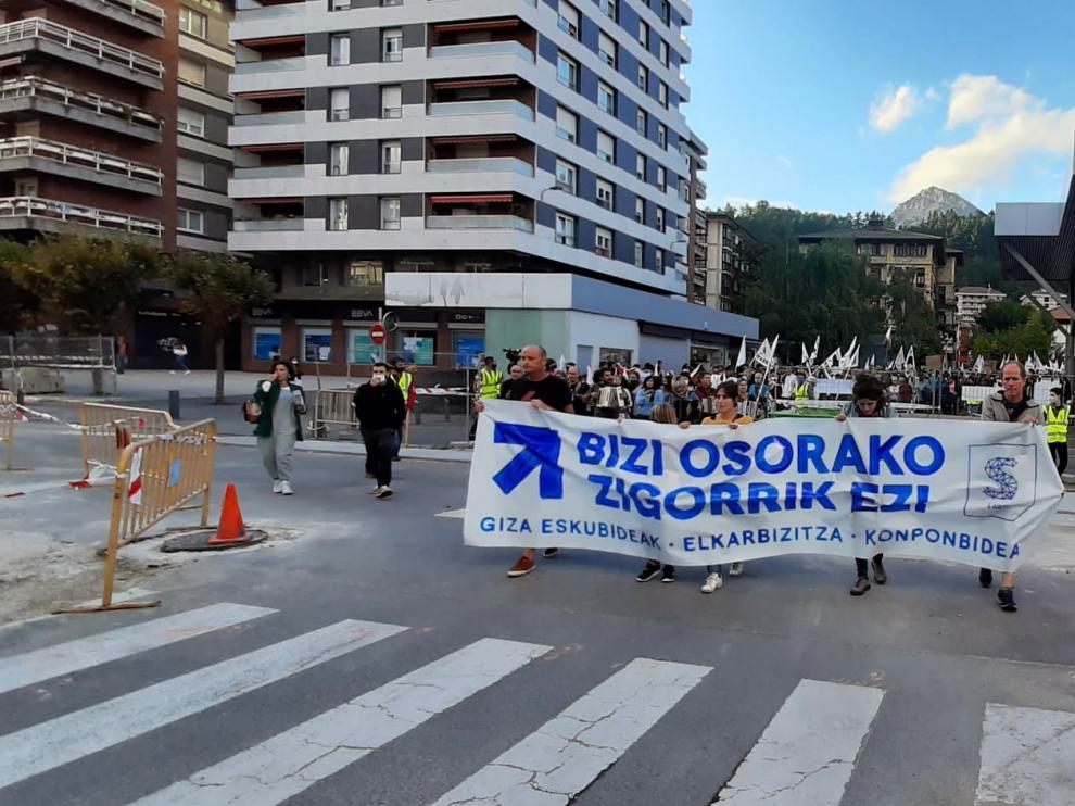 Concentración de apoyo a Parot en Mondragón