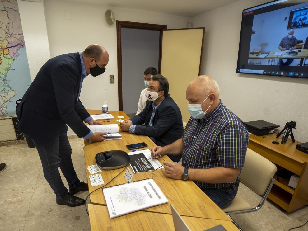 rueda de prensa de Teruel existe sobre el estado de cobertura de movil en la provincia. Foto Antonio Garcia/Bykofoto. 23/09/21[[[FOTOGRAFOS]]]