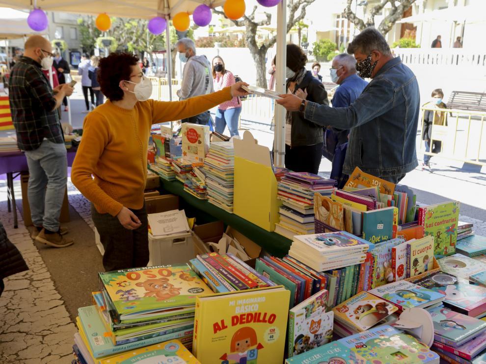 Imagen del Día del Libro el pasado 23 de abril en Huesca.