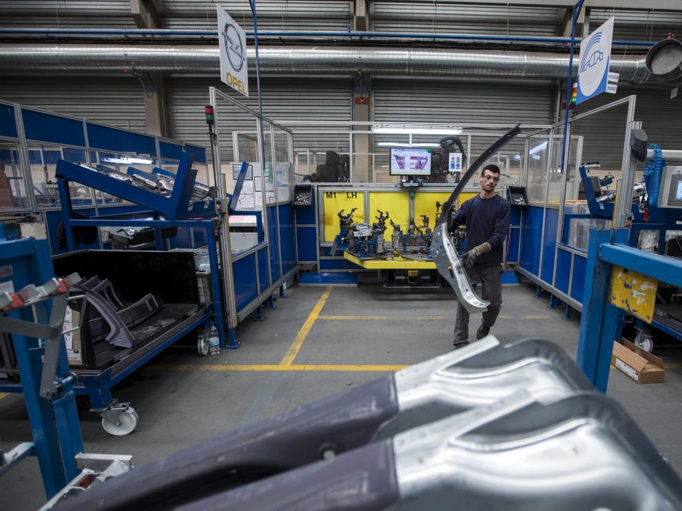 Los fabricantes de piezas para automóviles, preocupados.