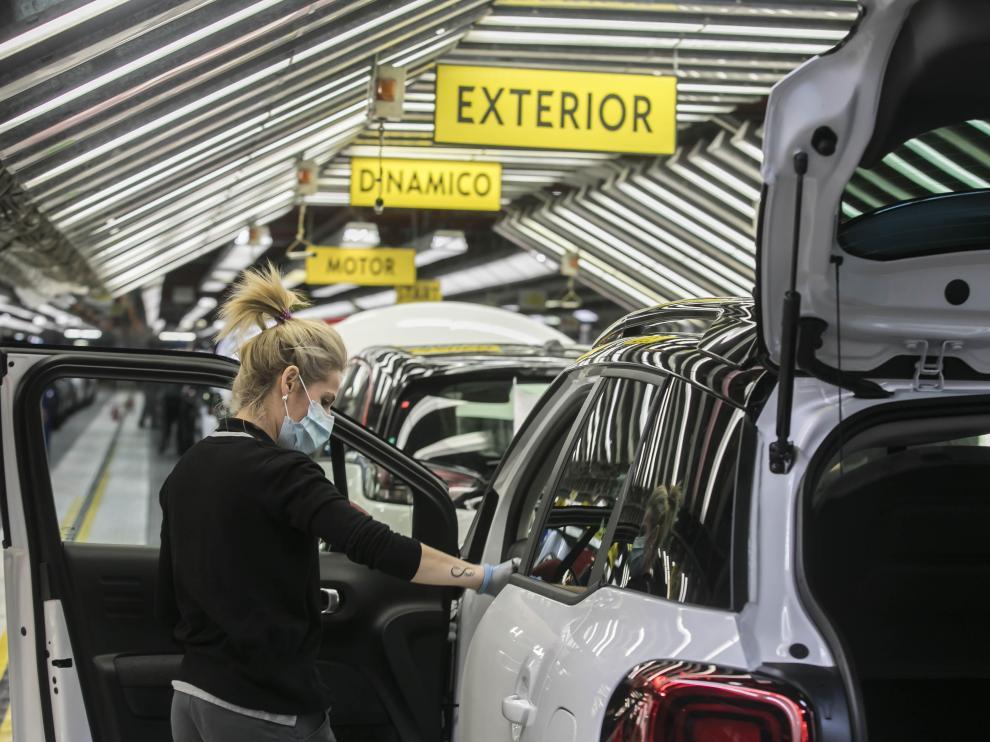 Cadena de montaje de Opel España, del grupo Stellantis, en Figueruelas.