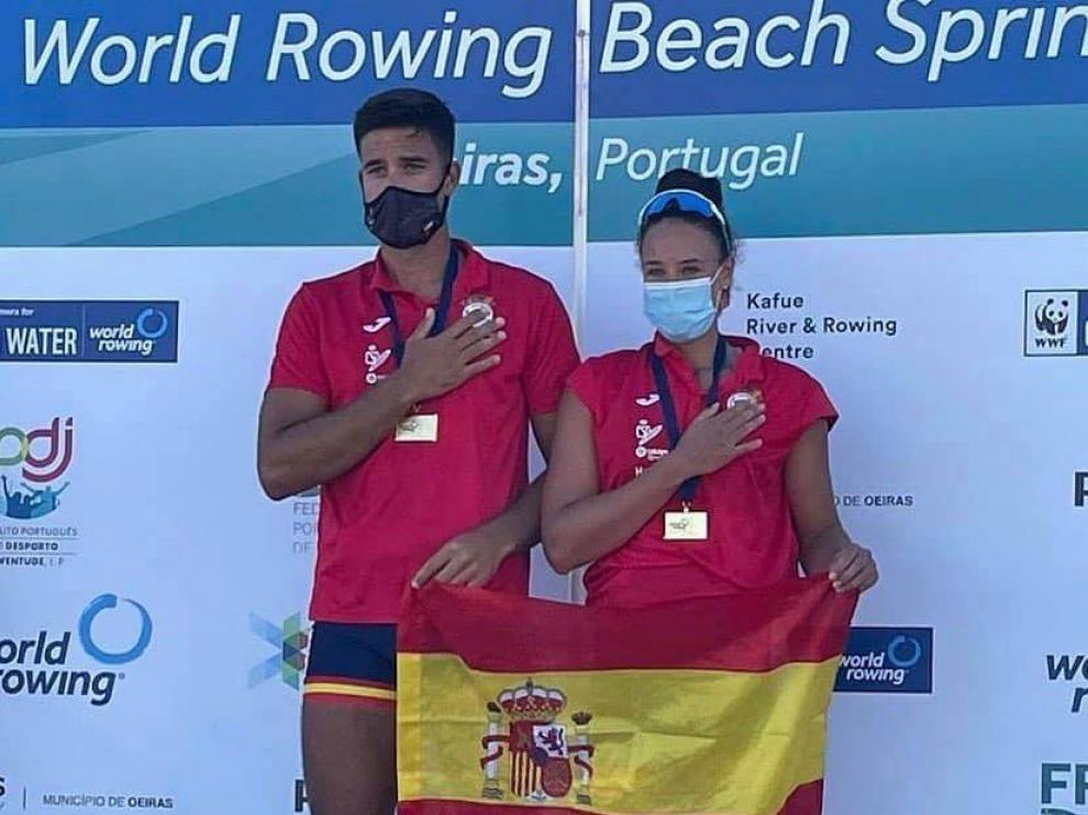 Ander Martín y Esther Briz, flamantes campeones del mundo de remo de mar