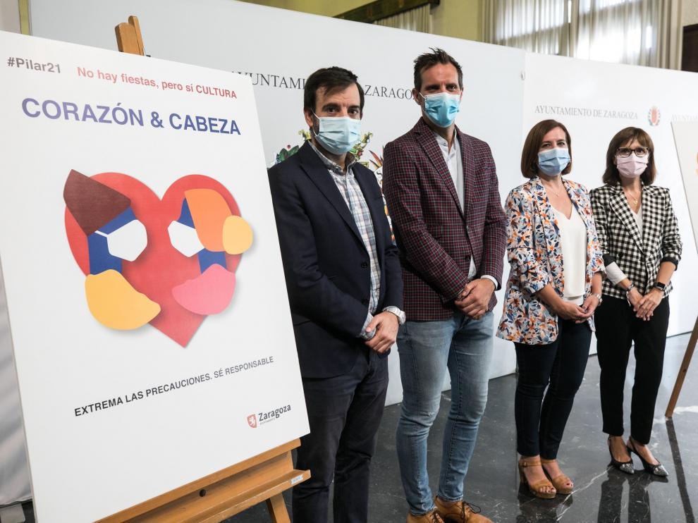 David Lozano, Javier Rodrigo, Sara Fernández y María Antoñanzas, este lunes en la presentación de la programación cultural Pilar 21