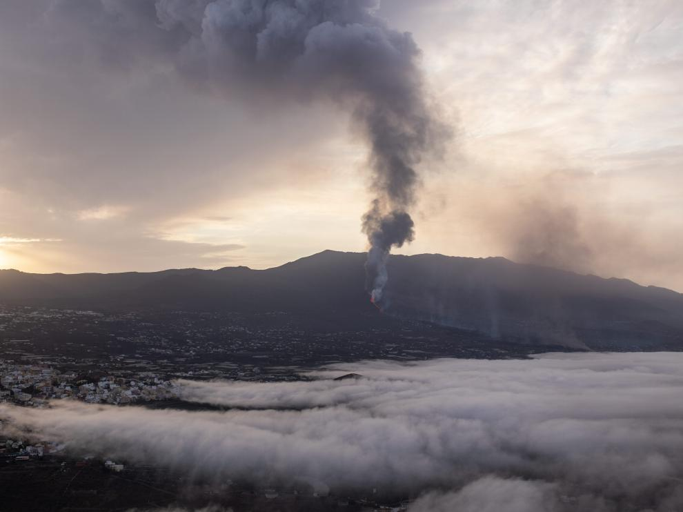 El volcán de Cumbre Vieja este martes.