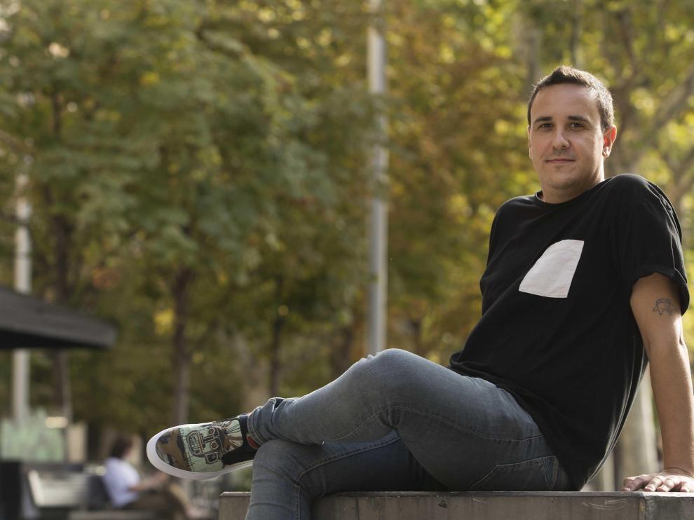 Pablo Aragüés ha escrito un guión sencillo y esencial con una pareja y una casa.