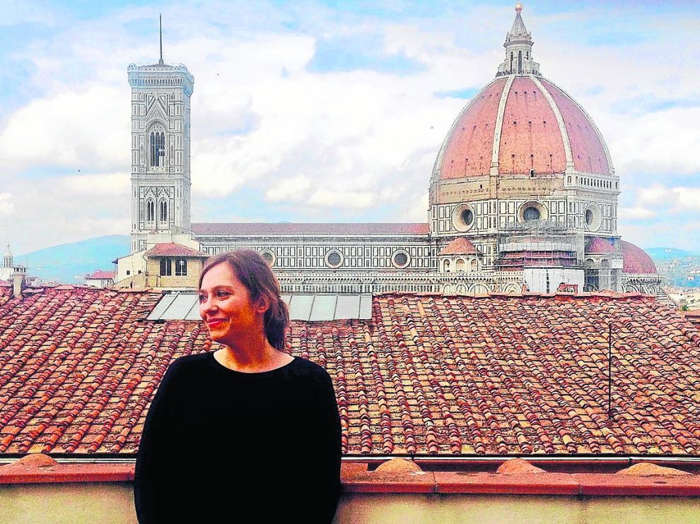 La historiadora de arte Raquel Gallego, en Florencia, la ciudad donde vive e investiga