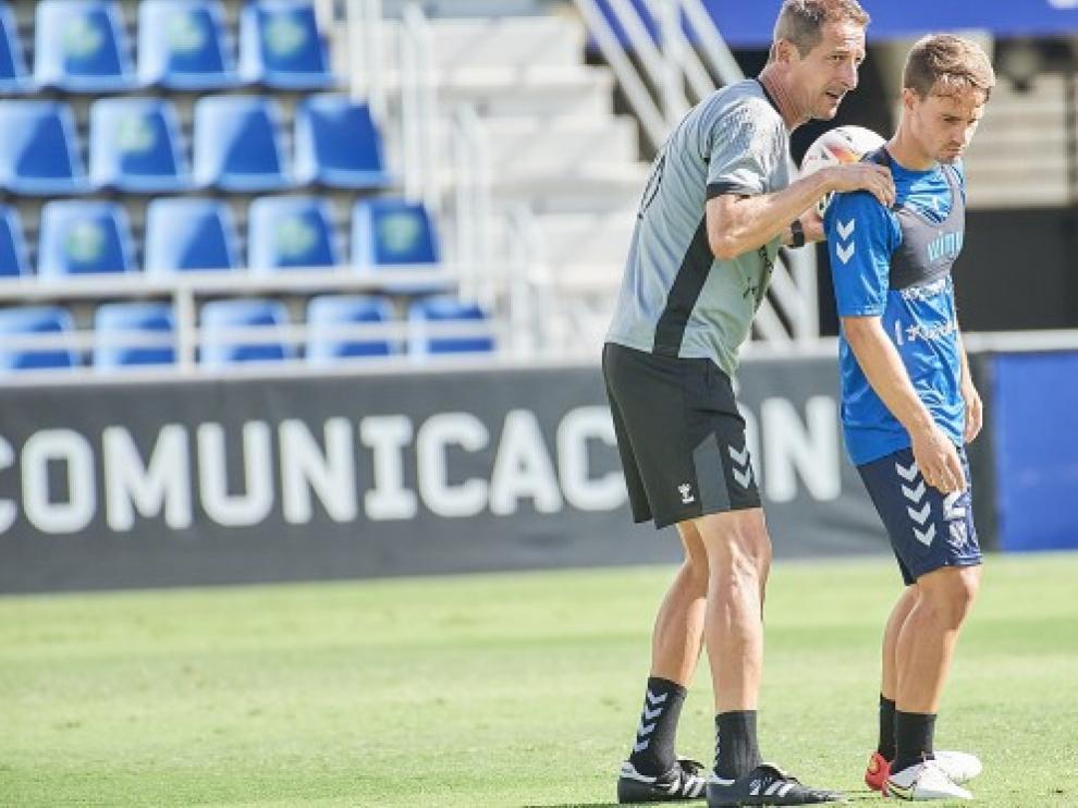 Ramis entrena al Tenerife desde la pasada temporada.