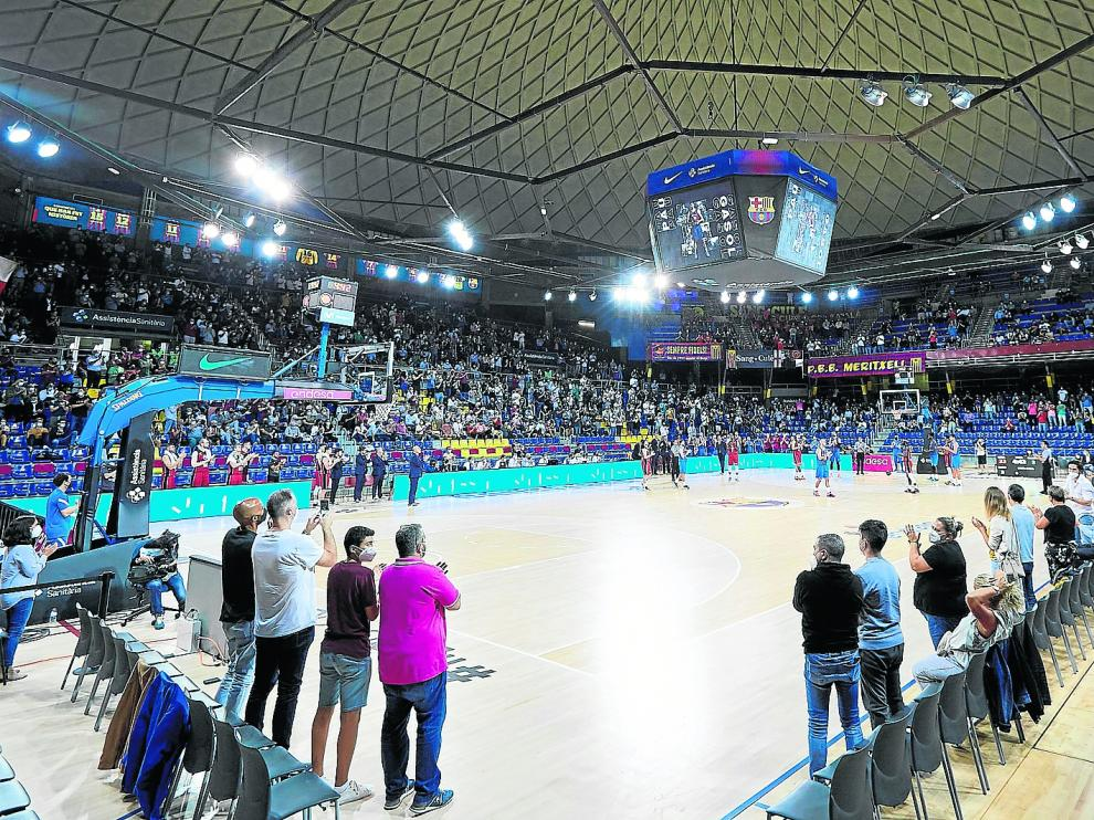 Momento en el que se homenajeó a Pau Gasol en el partido Barça-Casademont.