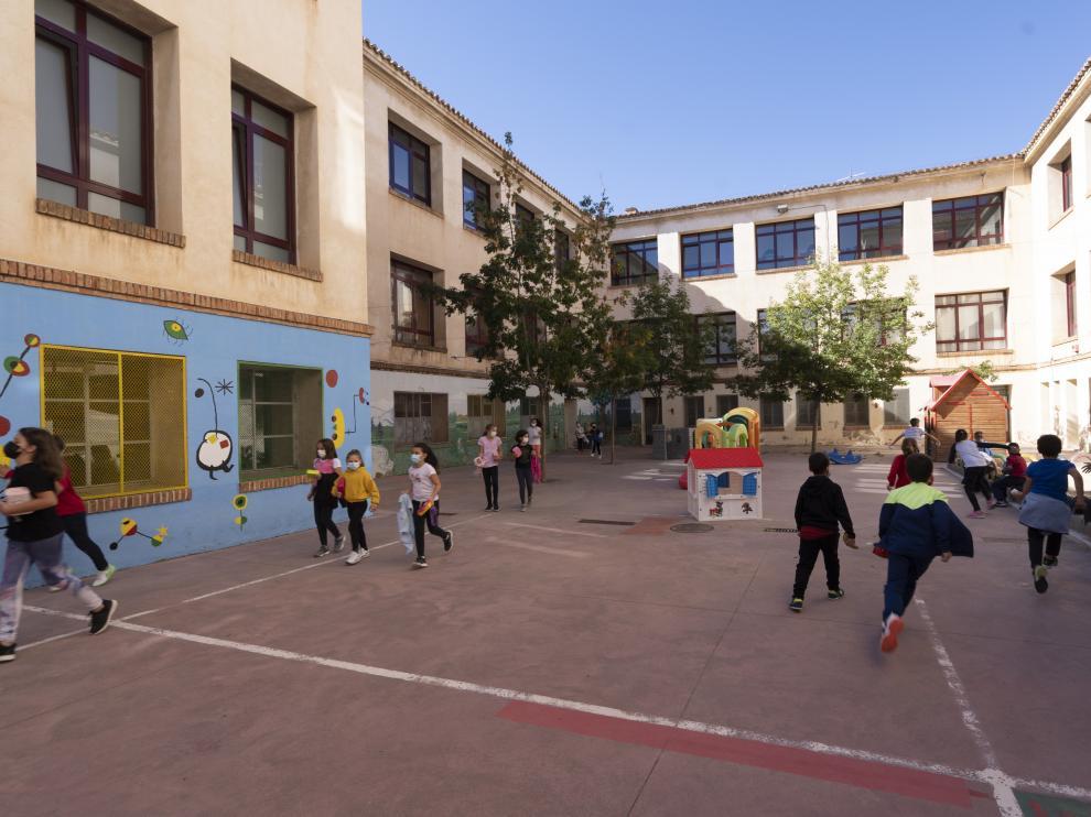 Colegio ensanche en Teruel. Foto Antonio Garcia/Bykofoto. 07/10/21[[[FOTOGRAFOS]]]