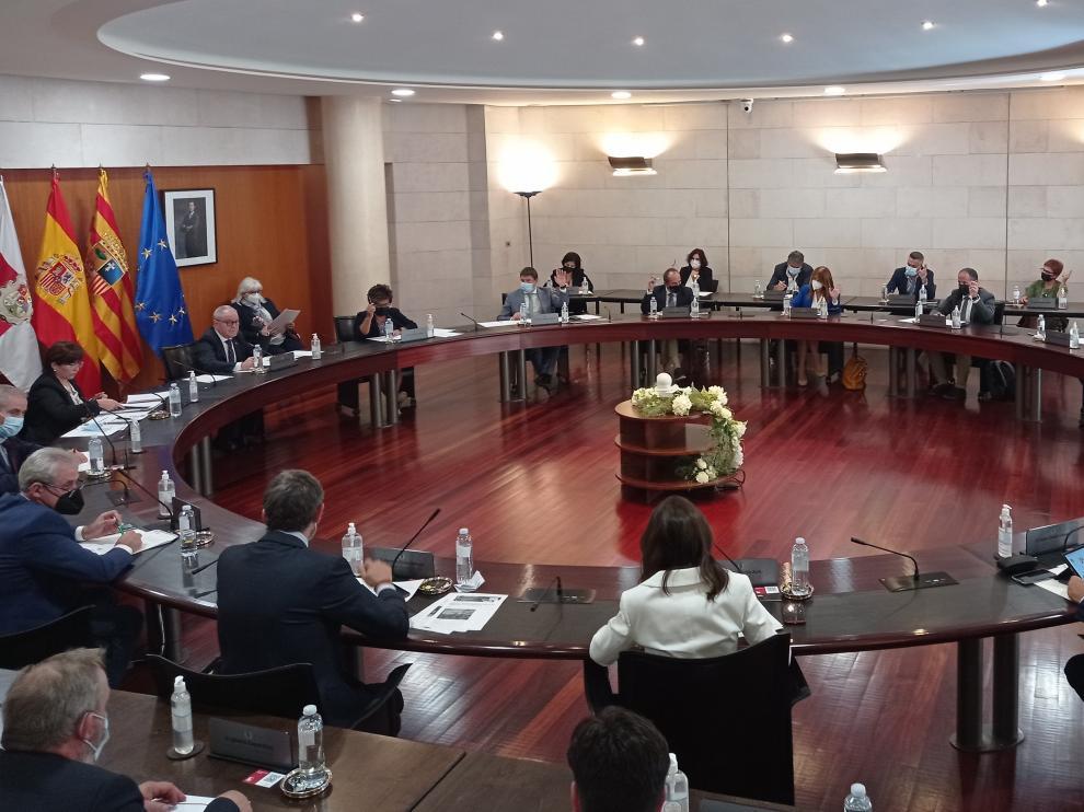 Imagen del pleno de la DPH celebrado este jueves.