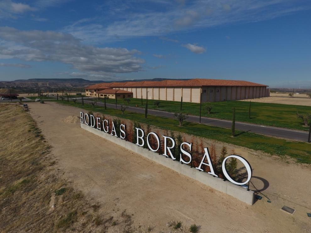 Borsao ha dejado el casco urbano para asentarse con una bodega de 16.500 metros cuadrados sobre una parcela de 132.000 metros cuadrados en el polígono El Tejar de Borja.