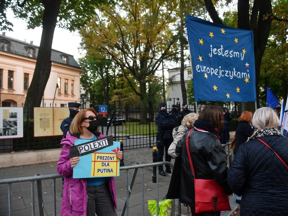 Protesta delante del Tribunal Constitucional de Polonia