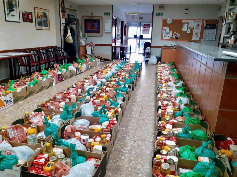 Reparto de alimentos de la Asociación Civitas en Las Fuentes.