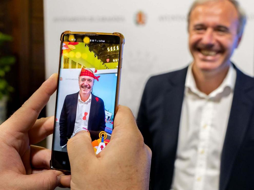 Ofrenda virtual del alcalde de Zaragoza, Jorge Azcón