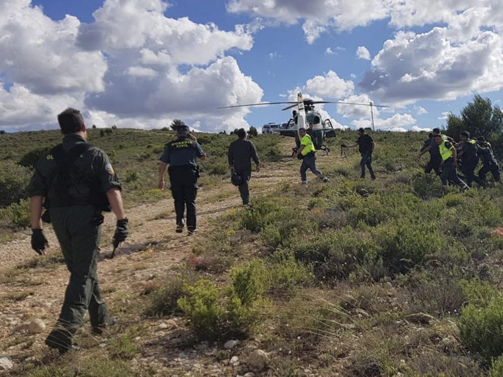 Momento en que la Guardia Civil detuvo al Rambo de Requena en un monte de Andorra el 8 de junio de 2020,