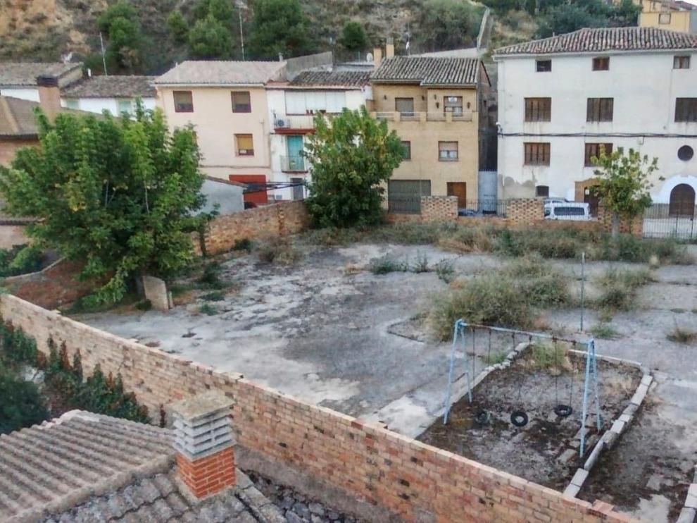 El patio de recreo de la antigua guardería parroquial de San Esteban, donde se edificarán los pisos.
