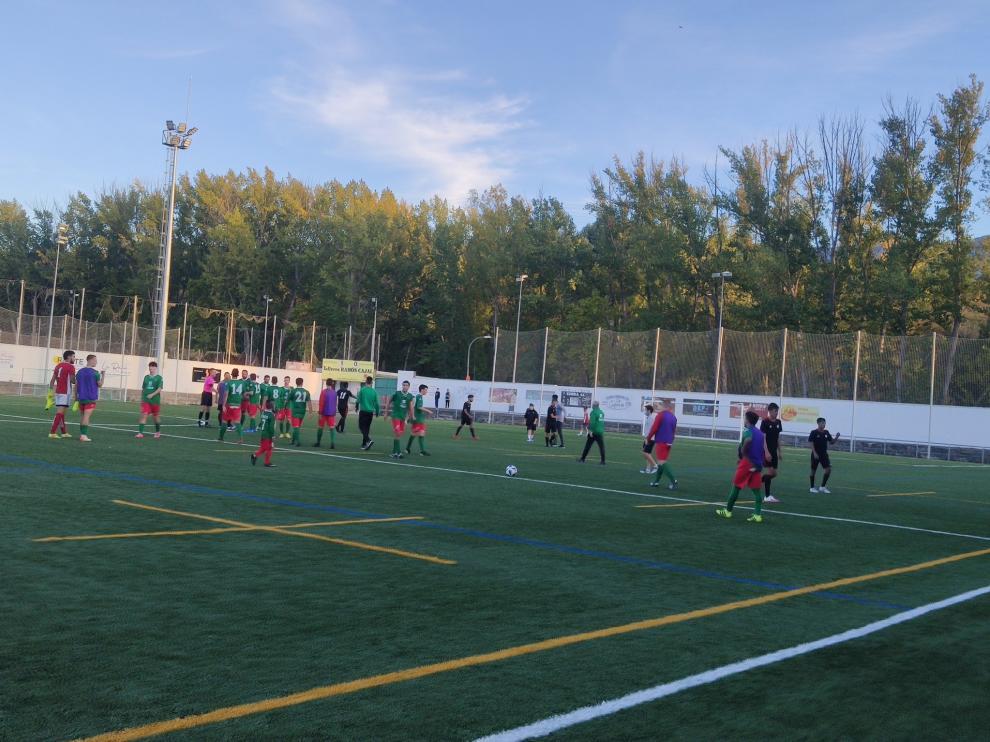Jacetano e Internacional se saludan tras el partido