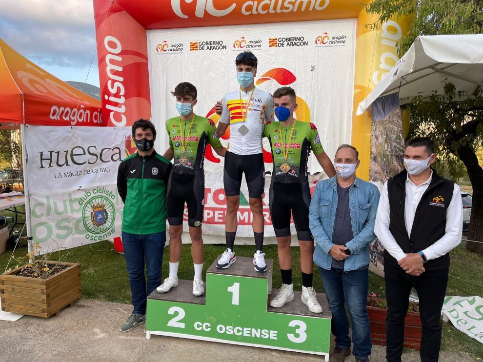 Podio del Campeonato de Aragón de ciclismo en ruta júnior masculino.