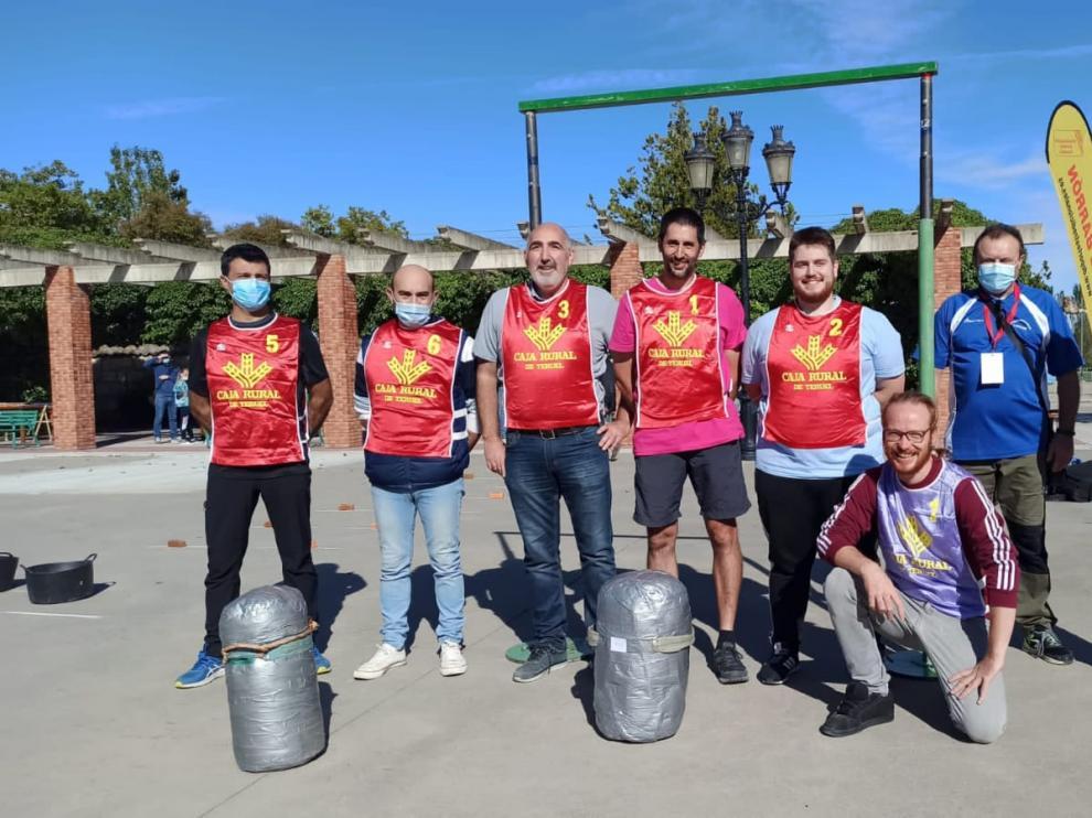 Algunos de los participantes en lanzamiento de sacos en altura en el evento internacional celebrado este fin de semana en Aranda de Duero.
