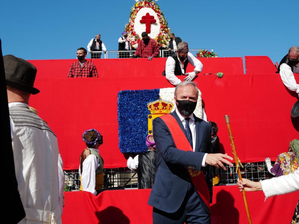 El alcalde, Jorge Azcón, en el día del Pilar