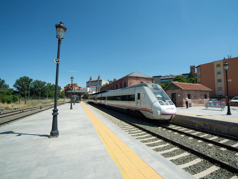 La modernización de la línea ferroviaria de Teruel se ha alargado de nuevo y su conclusión se prevé ahora para 2026
