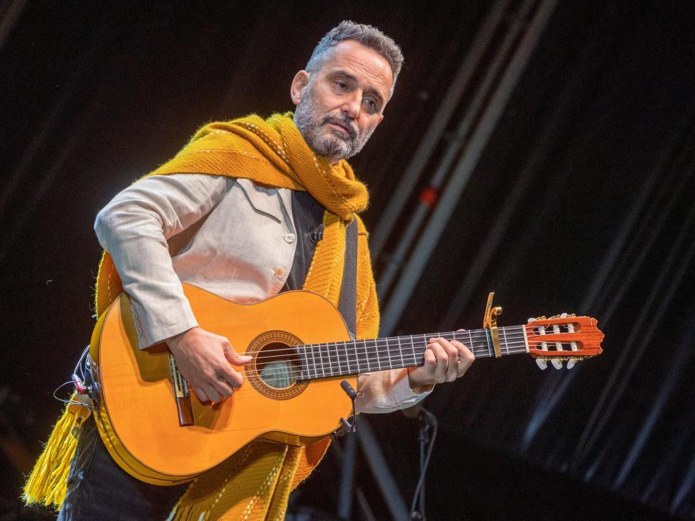 Jorge Drexler ofreció un concierto el miércoles en el Jardín de Invierno.